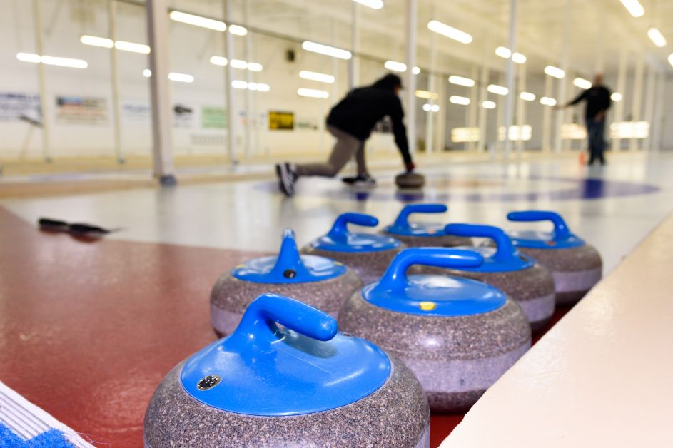 20171120 Council Week 47 Curling TJH 0038