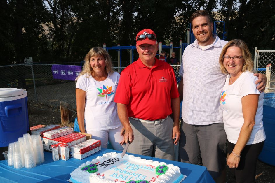 At the cake cutting are (l-r) Kim Masson of the Canada 150 ParticipACTION Playlist committee, Councillor Tom Zariski of the Heritage and Arts Committee, and Patrick Kolafa and Rose Poulson of the  Canada 150 ParticipACTION Playlist committee. submitted